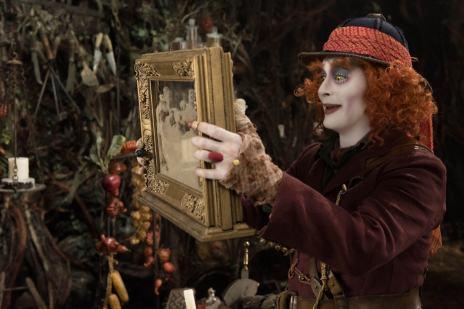 10322548-alice-de-l-autre-cote-du-miroir-retour-chez-ma-mere-apprentice-les-sorties-cine-du-mercredi-1er-juin