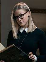 Olivia Taylor Dudley - Alice Quinn - (paranormal activity 5)